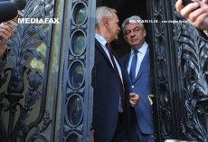 Dragnea pierde meciul cu Tudose. Plumb şi Shhaideh au demisionat din Guvern.