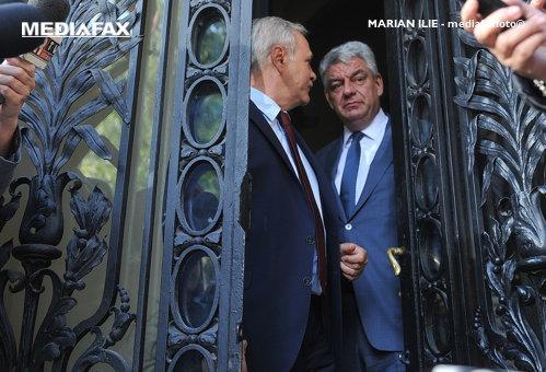 """Dragnea pierde meciul cu Tudose. Plumb şi Shhaideh au demisionat din Guvern. """"Toată lumea a plecat supărată"""""""