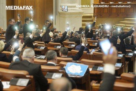 Scrisoarea deschisă pe care USR i-o trimite lui Klaus Iohannis înainte ca preşedintele să numească noii miniştri