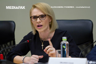 USR face recurs la decizia Tribunalului privind anularea noilor firme înfiinţate la PMB: Firea a făcut o Primărie paralelă