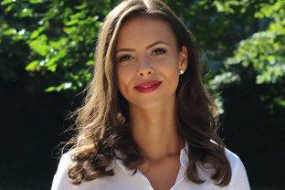 Mara Mareş, una dintre cele mai frumoase parlamentare, aleasă într-o funcţie importantă în PNL