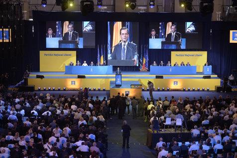 """PNL a depus moţiunea de cenzură """"PSDragnea, în campanie mumă, la putere ciumă"""". Ce scrie în documentul prin care opoziţia vrea să dea jos Guvernul Tudose"""