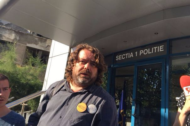 Vicepreşedintele Senatului, Mihai Goţiu, susţine că e ameninţat cu moartea. Ce scrie în mesajele care l-au făcut să meargă direct la Poliţie