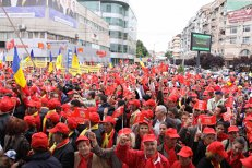 Un important lider PSD îşi temperează colegii de partid: Nu cred că mitingurile ar trebui să se desfăşoare în viitorul apropiat