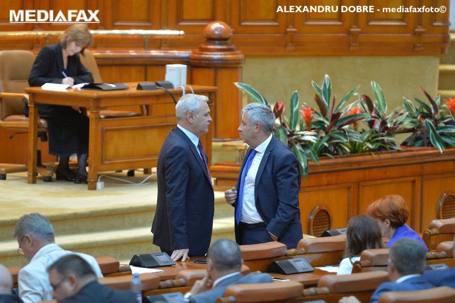 Întâlnire-fulger în biroul lui Liviu Dragnea, după haosul din Comisia condusă de Iordache. Fostul ministru al Justiţiei spune că a primit un plic suspect