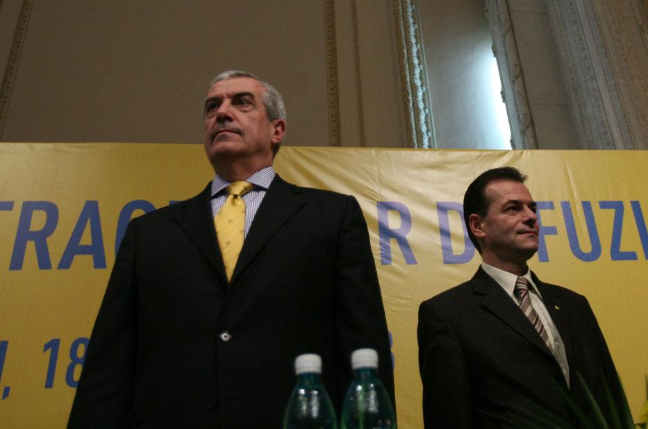 """Tăriceanu şi Orban se ceartă din cauza lui Kovesi. Cum îi răpunde liderul PNL fostului său şef de partid care l-a acuzat că """"preamăreşte regimul"""""""