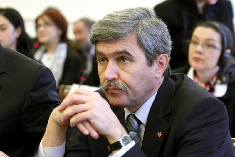 Un deputat UDMR îi compară pe protestatari cu minerii: USR le-a mulţumit, cum a făcut şi Iliescu în `90. Răspunsul preşedintelui Uniunii