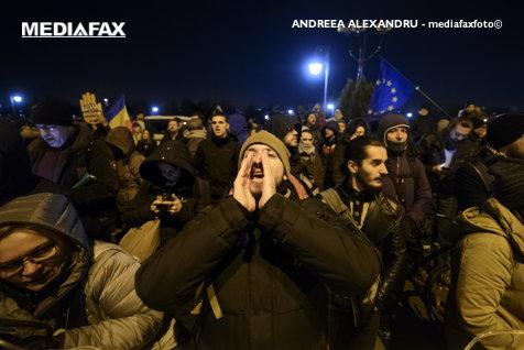 Tăriceanu, mesaj pentru protestatari: În pofida strigăturilor şi ţipuriturilor din piaţă, vrem să întărim independenţa justiţiei