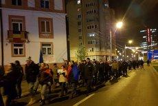 Sute de români au protestat la Sibiu şi Timişoara faţă de adoptarea Legilor justiţiei: Nu suntem o naţie de hoţi