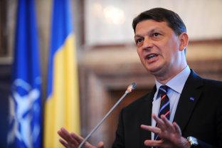 Fostul consilier prezidenţial al lui Băsescu, Gabriel Berca, închisoare cu executare pentru trafic de influenţă