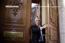 Tăriceanu: Iohannis este comunist în fibra lui cea mai puternică. Nu ar fi câştigat alegerile fără ajutorul sistemului bazat pe funcţia represivă a statului
