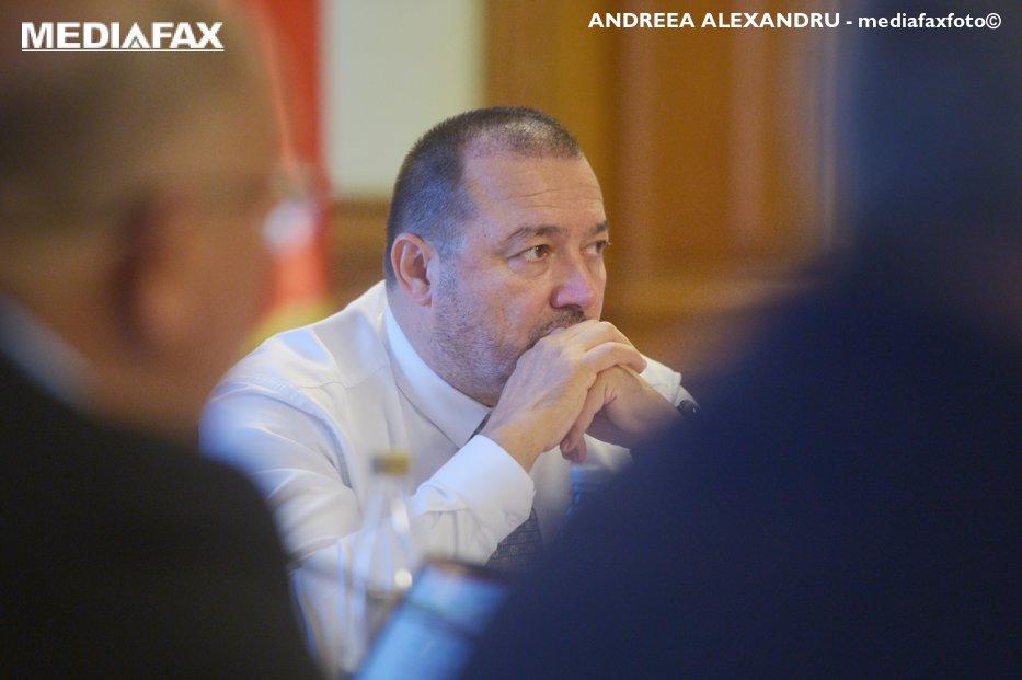 Cătălin Rădulescu anunţă că-şi retrage proiectul în care propunea un prag de 200.000 de euro pentru abuzul în serviciu