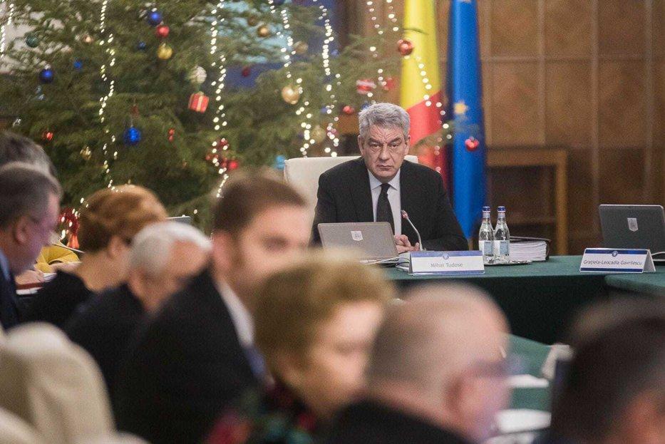 """Primul ministru din Guvernul Tudose care îşi """"depune"""" mandatul la partid"""