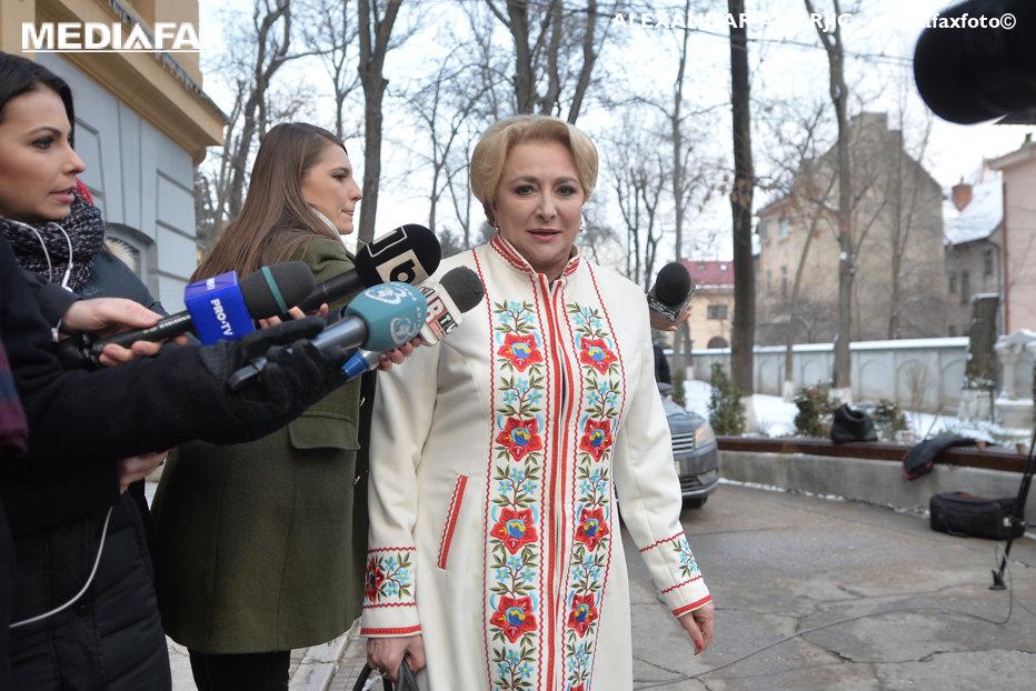 """Viorica Dăncilă, propusă de PSD pentru funcţia de premier. """"Colegii au avut încredere în mine, nu trebuie să-i dezamăgesc"""". Dragnea: """"Este şi un semnal către Bruxelles"""""""