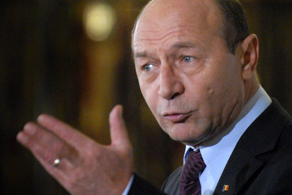 Băsescu, atac la procurorii DNA: Au prezentat în dosarul ginerelui meu falsificări de stenograme