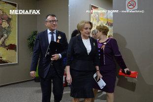 După o discuţie cu premierul şi ministrul Finanţelor, Stănescu anunţă soluţia Guvernului pentru a-i scăpa pe primari de grija banilor pentru salarii