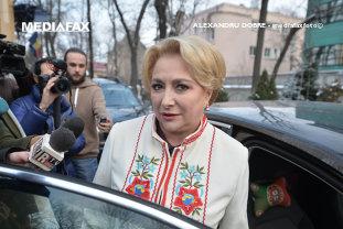 """Dăncilă îi ceartă pe preşedinţii Consiliilor Judeţene din localităţile care vor avea spitale regionale: """"Ce am discutat cu comisarul pentru politici regionale m-a îngrijorat foarte mult"""""""