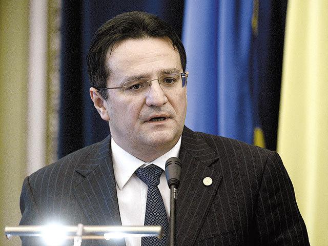 Fostul şef al Serviciului de Informaţii, George Maior, audiat marţi în Comisia SRI