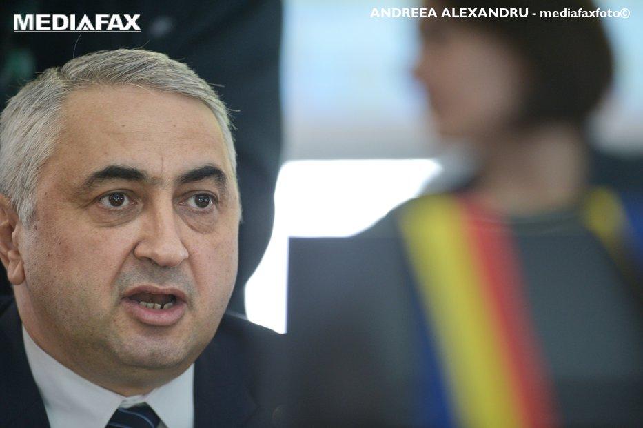 PNL vrea demisia ministrului Educaţiei. Liberalii au depus moţiune simplă împotriva lui Valentin Popa