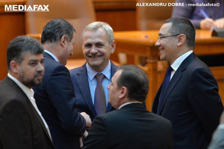 """Ponta, mesaj umilitor pentru şeful PSD: """"Dragnea a venit la mine acasă, la Maior. Îl numeam chelnerul statului de drept"""""""