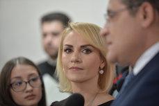 """Gabriela Firea ameninţă că îi dă în judecată pe consilierii care """"blochează Bucureştiul"""
