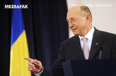 Băsescu: Fuziunea cu UNPR este toxică pentru PMP