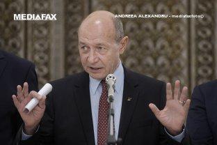 Băsescu: Trebuie o alianţă pe dreapta. Altfel, lăsăm PSD la guvernare