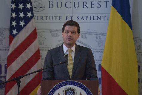 Wess Mitchell: România nu e singură în lupta anticorupţie