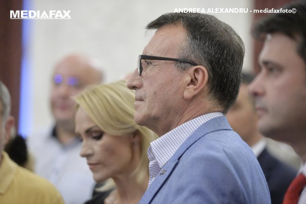 Gabriela Firea şi Paul Stănescu, loiali partidului şi preşedintelui său