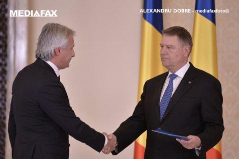 Preşedintele Iohannis DATOREAZĂ STATULUI 1.278.856 de lei. Teodorovici: Nu e treaba noastră că A CHELTUIT banii