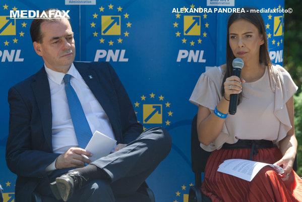 Ludovic Orban şi Mara Mareş la un eveniment TNL
