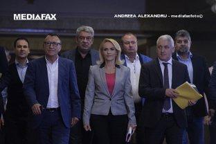 """Sunt la fel de nocivi, lacomi şi urâţi la suflet ca şi Dragnea. Traian Băsescu, despre motivele pentru care """"puciştii"""" vor fi învinşi"""