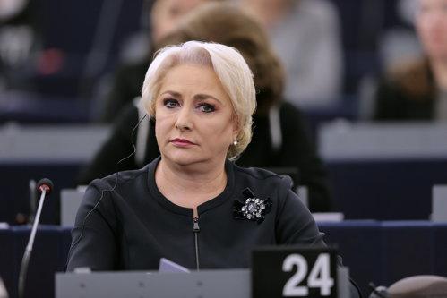 Timmermans: În România, lucrurile MERG ÎNAPOI. Dăncilă: Nu am venit aici să dau SOCOTEALĂ. Cer RESPECT pentru România