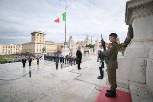 IOHANNIS, o nouă GAFĂ în Italia: voia să intre în Primăria Romei, ÎNAINTE ca gorniştii de protocol să îi sune ONORUL