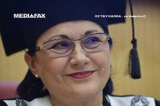 Ecaterina Andronescu, MINISTRUL EDUCAŢIEI pentru a patra oară. Băsescu: BLESTEMUL sistemului de educaţie REVINE în guvern