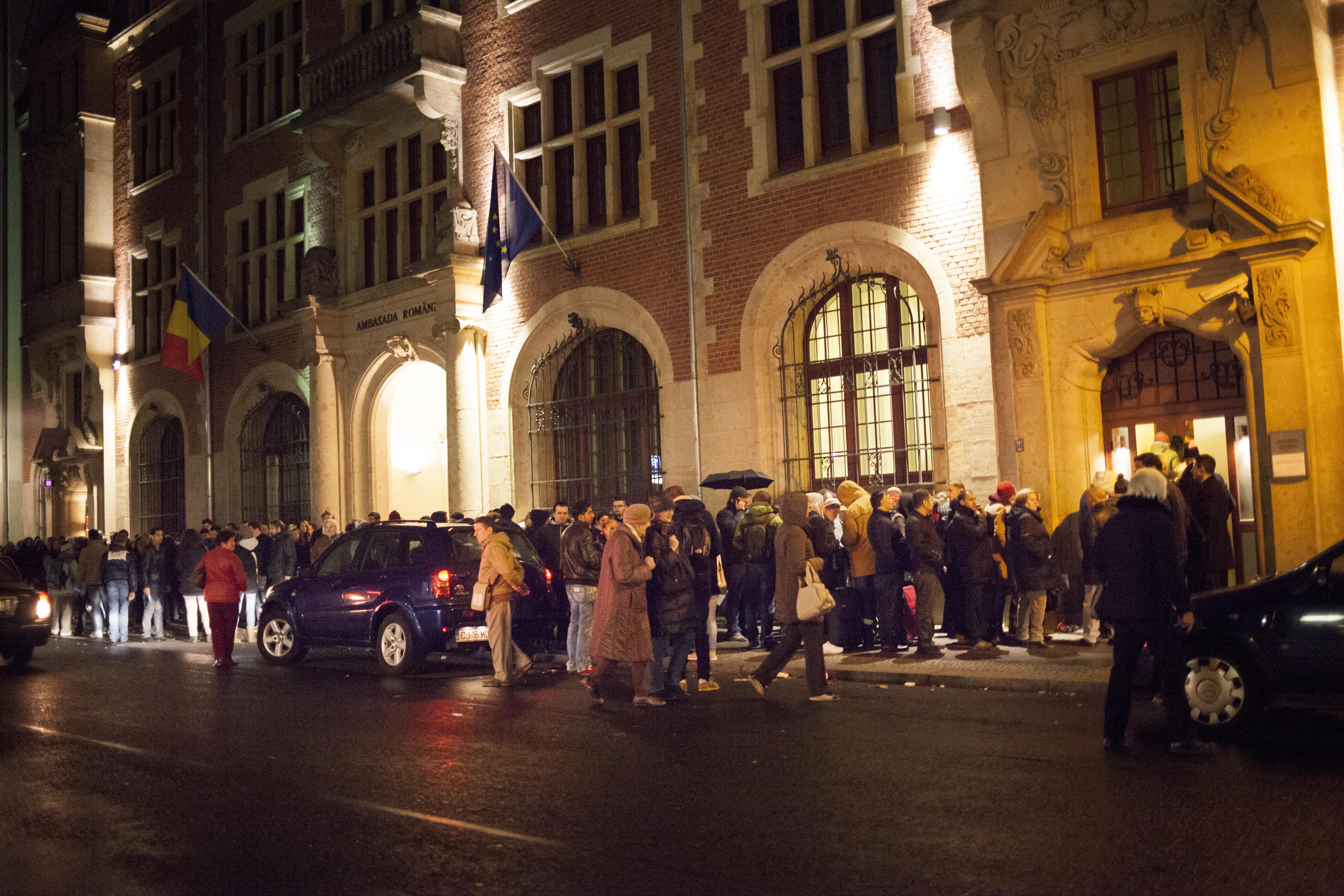 ROMÂNII, printre cei mai ÎNGRIJORAŢI europeni în privinţa FRAUDĂRII SCRUTINULUI.