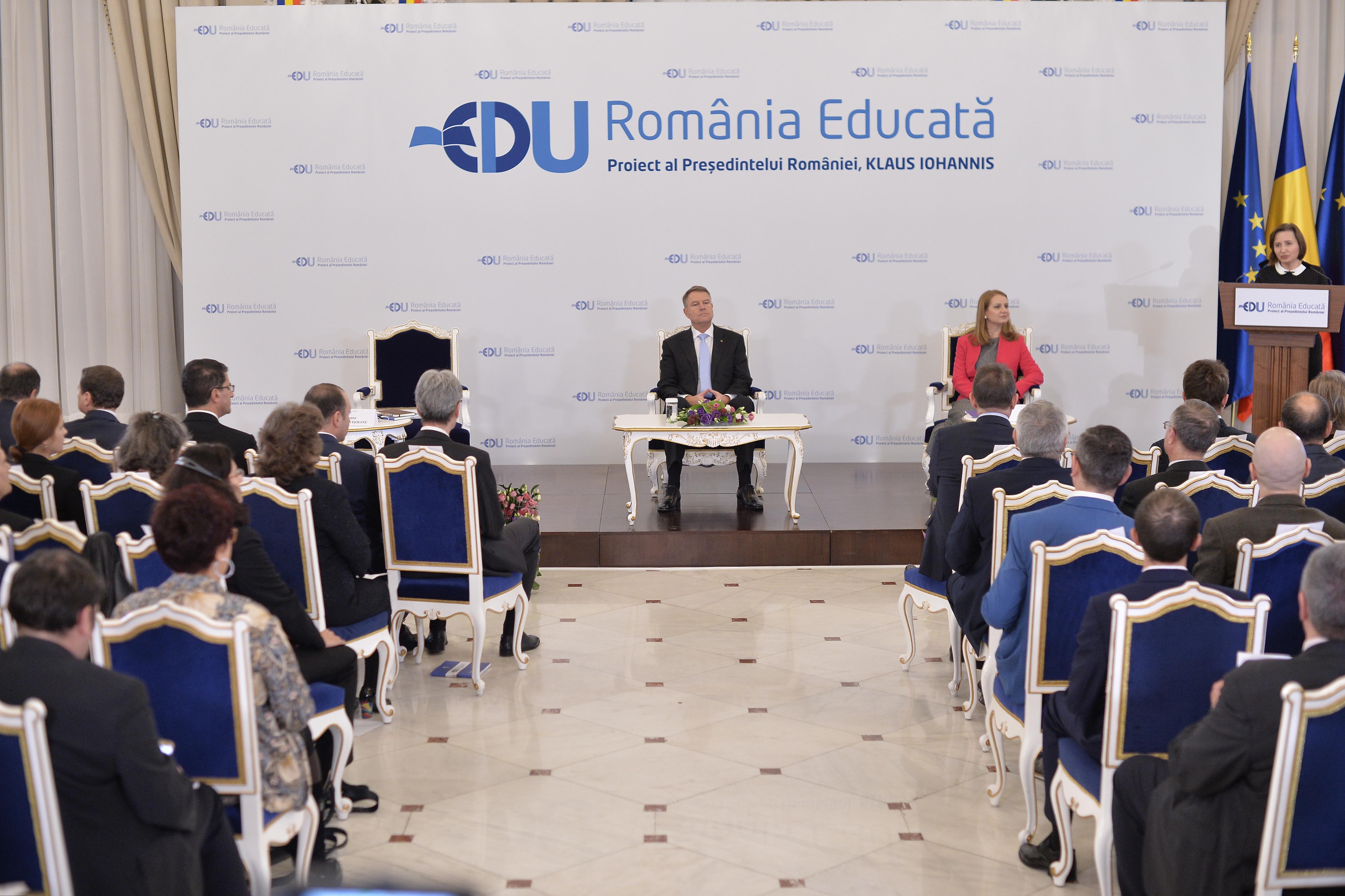Proiectul propus de Iohannis are o funcţie electorală