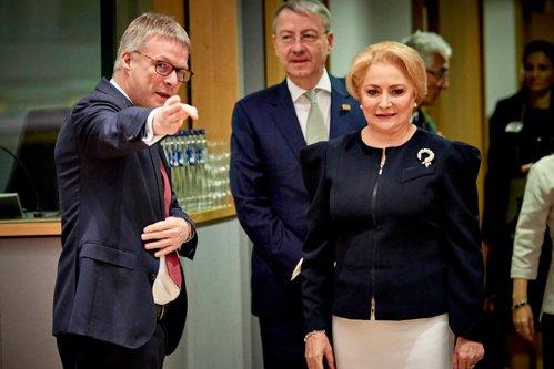 Un mandat DECENT sau unul EXCELENT şi CURAJOS? Băsescu sugerează SĂ ZGÂLŢÂIM Uniunea Europeană