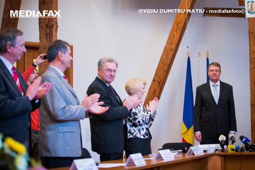 Ion Cristoiu, 25 de întrebări despre O MARE ENIGMĂ postdecembristă: VICTORIA lui Klaus Iohannis în alegeri