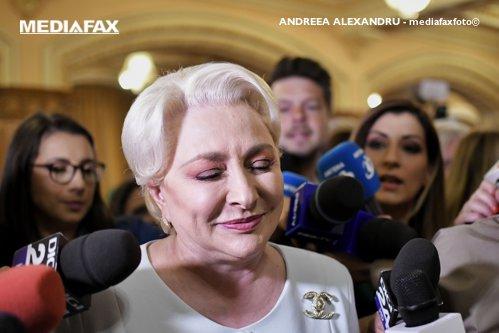 Acuzaţii grave: De unde sunt banii de elicopter ai lui Dăncilă? De unde au bani partidele? Nu de la români?