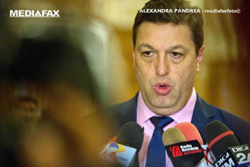 """Scandal în Comisia juridică a Senatului: Şerban Nicolae l-a numit """"parazit"""" pe senatorul USR Mihai Goţiu"""