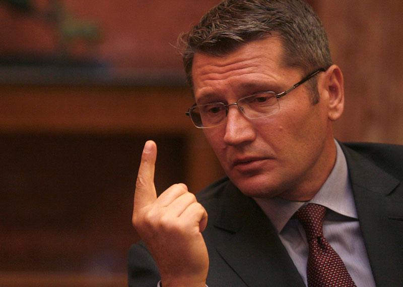 Liviu Negoiţă şi-a depus mandatul pentru formarea guvernului - VIDEO