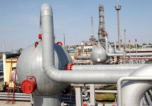 UE ar putea interzice exporturile de gaze şi să limiteze consumul industrial