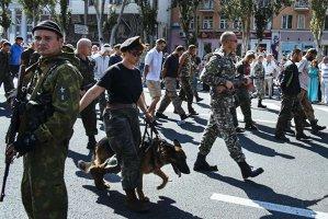 """""""Republicile"""" de la Doneţk şi Lugansk cer Kievului să le garanteze dreptul de a folosi rusa oficial"""