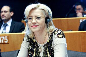 Urmăriţi LIVE VIDEO examenul pe care Corina Creţu îl dă acum în Parlamentul European pentru funcţia de comisar al Politicii Regionale - Corespondenţă Gândul din Bruxelles