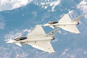 Germania a comandat şi recepţionat avioane de vânătoare de peste 14 miliarde de euro. Apoi s-a descoperit o problemă gravă