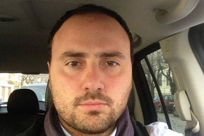 Consilierul italian care a bătut un român afirmă că nu este xenofob, dar ar repeta gestul cu oricine