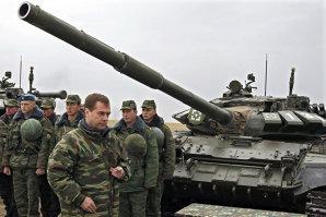 """Declaraţie surprinzătoare a ambasadorului rus la NATO: """"Rusia NU este parte a conflictului din Ucraina"""""""