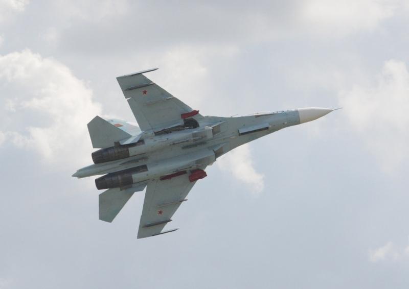 Armata rusa a trimis 14 avioane de v�natoare �n Crimeea