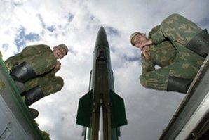 """NATO: Rachetele ruseşti din Crimeea, o ameninţare """"pentru toată regiunea Mării Negre"""""""